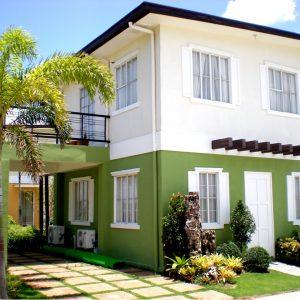Rumah Warna Hijau Putih