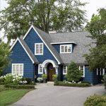 Rumah Warna Putih Biru