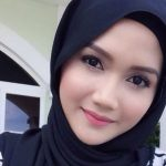 Wajah Anggun Hanna Aqeela Cun Pakai Tudun