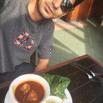 Gambar selfie Zizan Razak sebelum makan