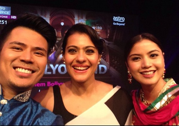 Kajol selfie with Lisa  and Awal