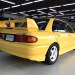 Pandangan belakang Mitsubishi Lancer GSR Evolution III
