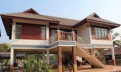 Rumah tinggi rekabentuk Thai.