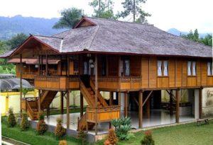 Rumah kampung tinggi