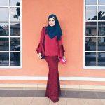 Deena Emir Cantik Dengan Gaya Baju Kurung