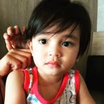 Gambar anak Izreen Azminda yang comel
