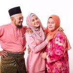 Gambar keluarga Wan Azlyn