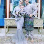 Gambar Keluarga Fouziah Gous Suami Dan Anak
