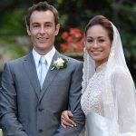 Gambar perkahwinan Maya Karin bersama bekas suami.