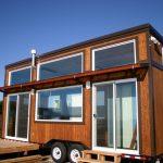Idea rumah kabin seakan caravan yang boleh dibawa kemana sahaja.