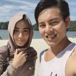 Nazim Othman Bersama Isterinya Bella Dally