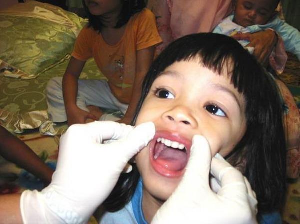 Pemeriksaan Gigi Pada Kanak Kanak