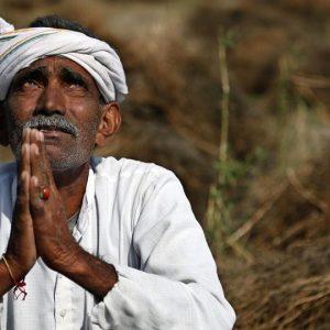 petani-yang-pasrah