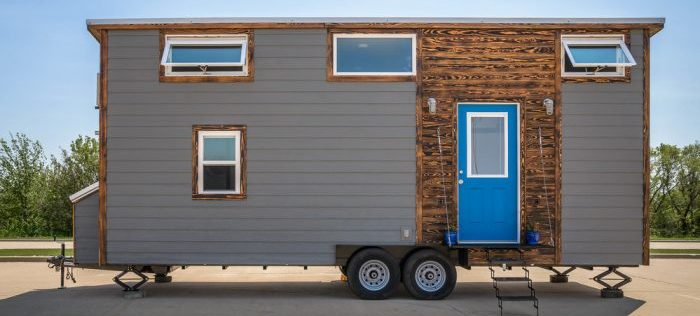 Rekaan rumah caravan menggunakan material aluminium.