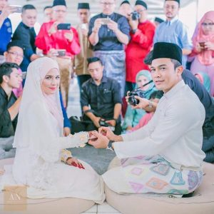 Saharul Ridzwan Dan Deena Emir Sudah Bergelar Suami Isteri