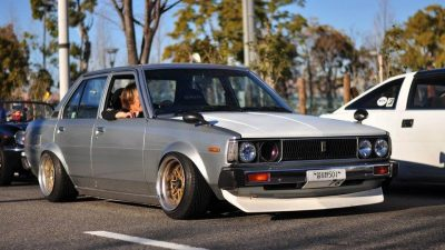 Toyota Corolla DX KE70 lowered