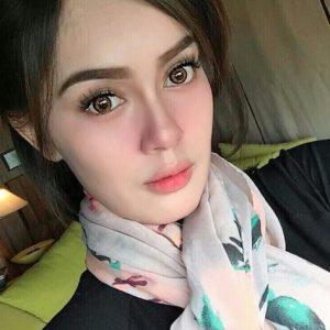 Uqasha Senrose Berdarah Siam