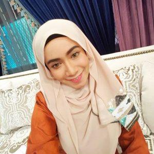 Wajah Senyum Amira Othman