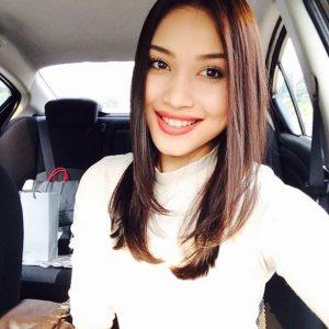 Zahirah Macwilson Senyum Manis