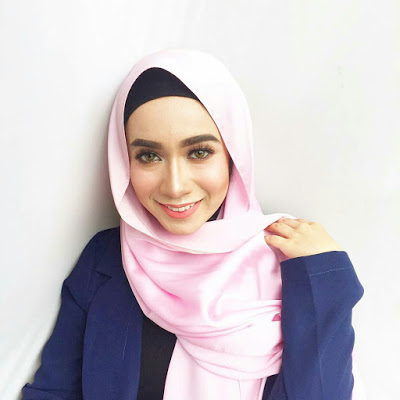 Amira Othman Cantik Bertudung Pelakon Dan Penyanyi