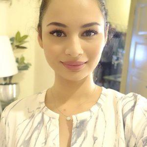 Comel Pelakon Izara Aishah