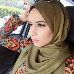 Deena Emir Isteri Saharul Ridzwan