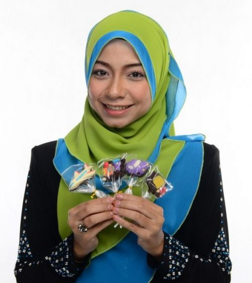 Nadya Syahera Model