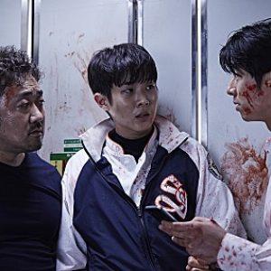 9 Adegan Filem Train To Busan