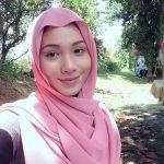 Elvina Mohamad Pakai Tudung Cantik