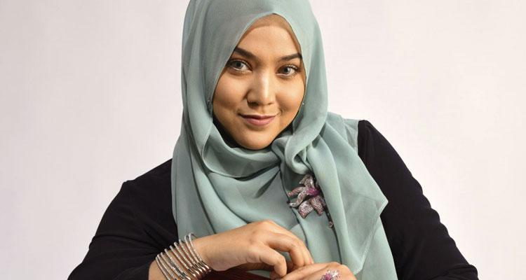 Biodata Shila Amzah Menarik