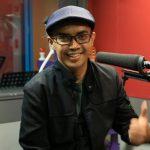 Ezad Lazim Hadir Menyanyi Live Di Studio THR Gegar