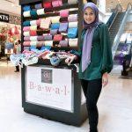 Gambar Datin Norjuma Dengan Kiosk Aidijuma