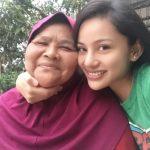 Gambar Nazeera Sardi Dengan Ibunya