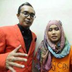 Gambar Pasangan Penyanyi Ezad Lazim 1
