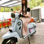 Gambar Pelakon Zara Zya Naik Motosikal Scomadi