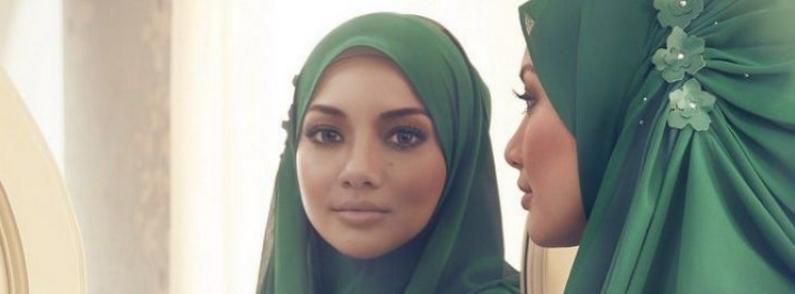 Naelofa Hijabs
