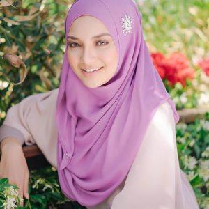 Neelofa Pengasas Tudung Naelofar Hijab