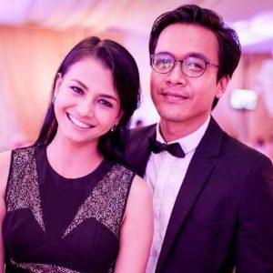Pasangan Suami Isteri Ezzaty Abdullah Dan Azwan Kombos