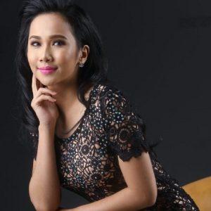 Pelakon Drama Dayana Roza