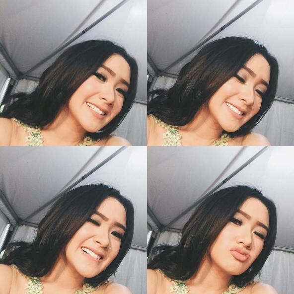 Penyanyi indonesia popular dengan lagu sakitnya tuh disini penyanyi indonesia popular dengan lagu sakitnya tuh disini download full image reheart Choice Image