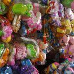 mainan di pasar payang