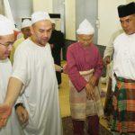 Sultan Kelantan Dengan Arwah Tok Guru Nik Aziz