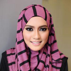 Wajah Amirah Sulaiman Promosi Tudung Sugarscaft