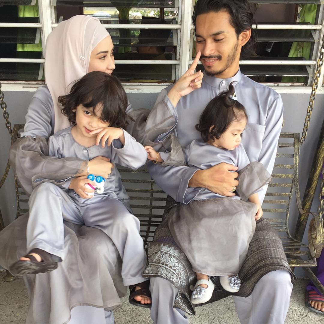 Gambar Keluarga Wawa Zainal Encikshino Com