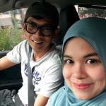 Gambar Pelawak Pengacara Penyampai Radio Ajak Dengan Pasangan