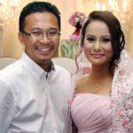 Gambar Elly Mazlein Bersama Bekas Suaminya