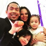 Gambar Keluarga Siti Sarah Raisuddin