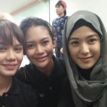 Mimi Lana Bersama Peserta Dewi Remaja 2014 2015