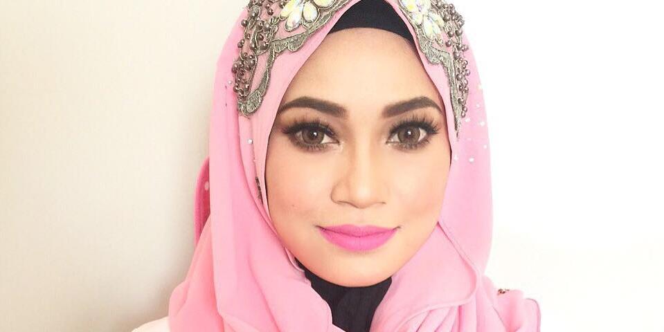 Fara Mendoza Pakai Tudung Cantik Header