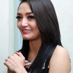 Profil Foto Siti Badriah